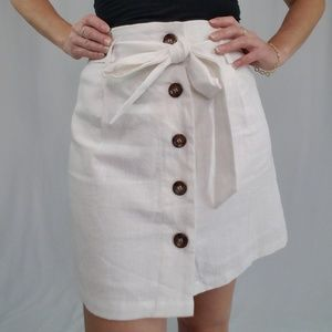 Button up- White skirt